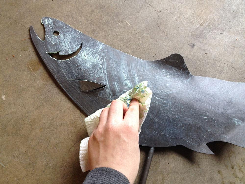 car_wax_metal_fish