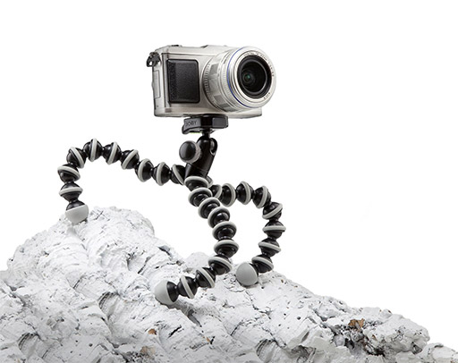 5 best tech travel accessories Joby GorillaPod Hybrid Tripod