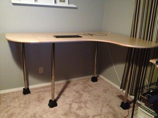 testing big stand up desk