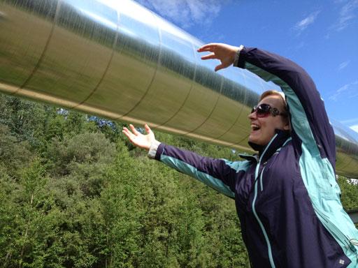 Trans Alaska Pipeline hug