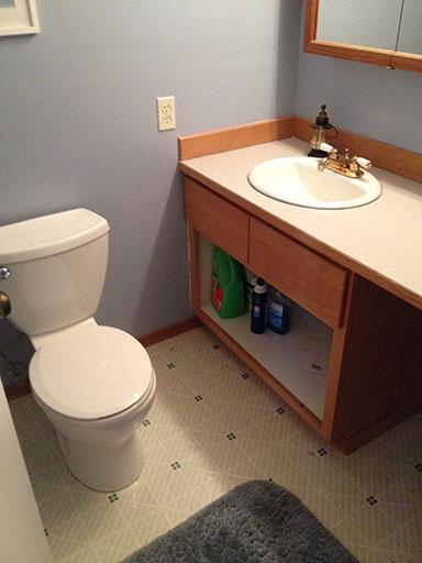 stain_bathroom_vanity_before_taken_apart
